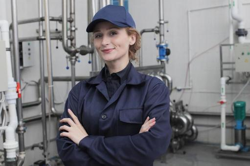 Female Employee Armoring 3