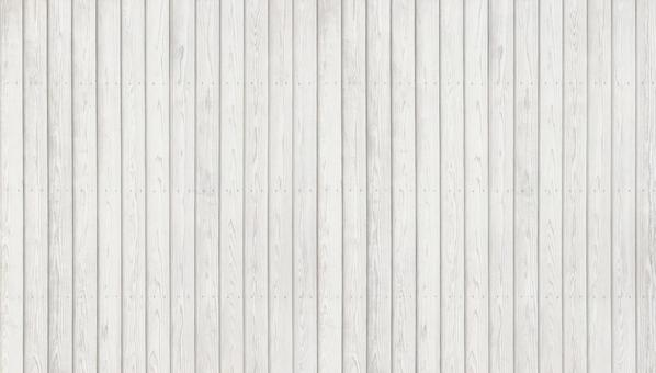 White wooden fence that makes the most of the grain of wood