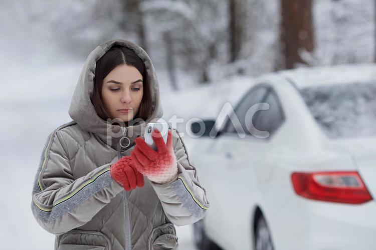 車・雪のトラブル95の写真
