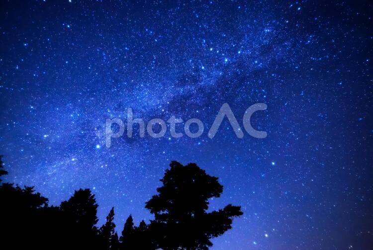 初冬の星空の写真