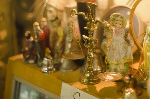 Antique miscellaneous goods