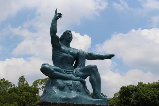 長崎縣長崎市和平紀念雕像015