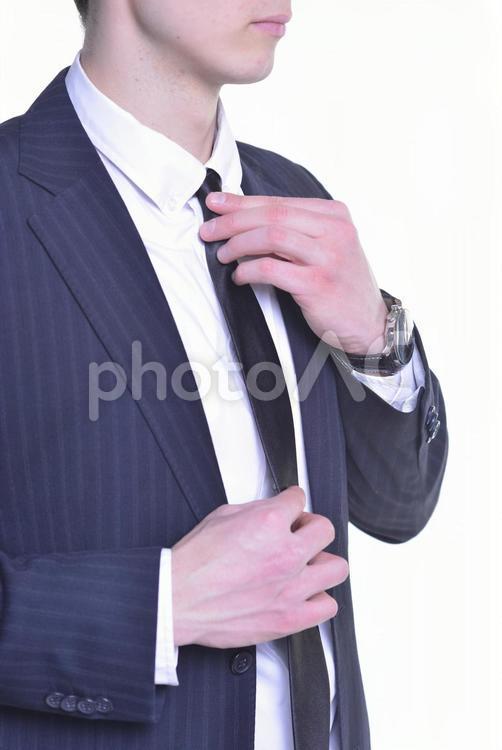 身支度するビジネスマン15の写真
