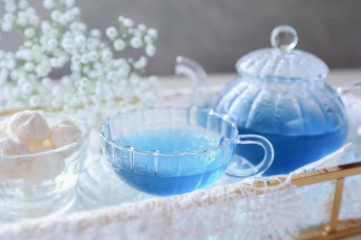 Blue tea butterfly pea tea