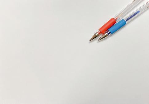 빨간 펜과 파란색 펜 2