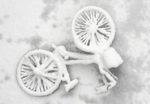 被雪埋的自行車