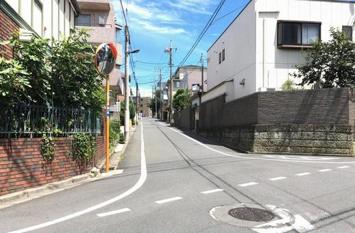 A residential street in the 23rd district of Tokyo.