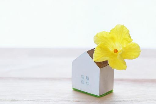 My home House with flowers House image material