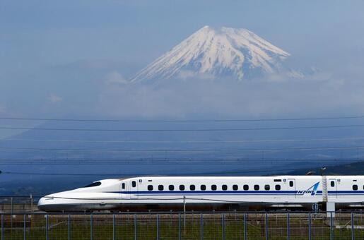 富士山和子彈頭列車