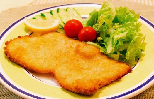 Milanese chicken cutlets