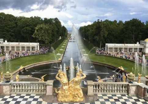 피터 대제 여름 궁전의 정원, 페테르 고프, 상트 페테르부르크, 러시아.