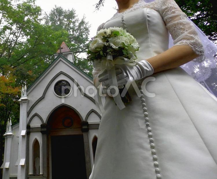 教会と花嫁の写真