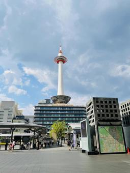 Kyoto Tower in July