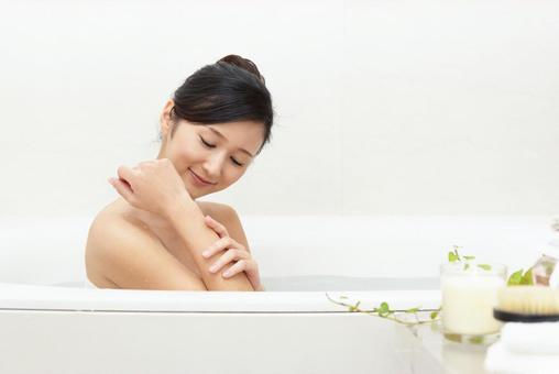 Female bath time refresh