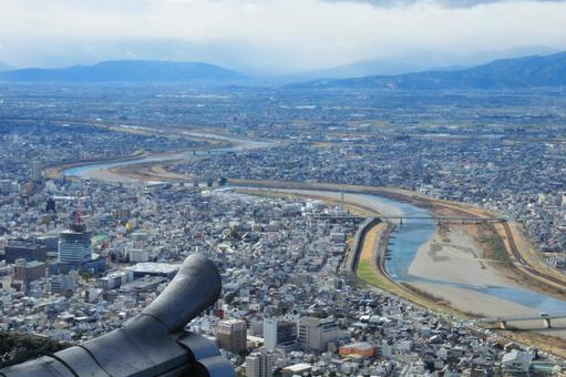 Scenery seen from the castle tower of Gifu Castle (Nagara River)