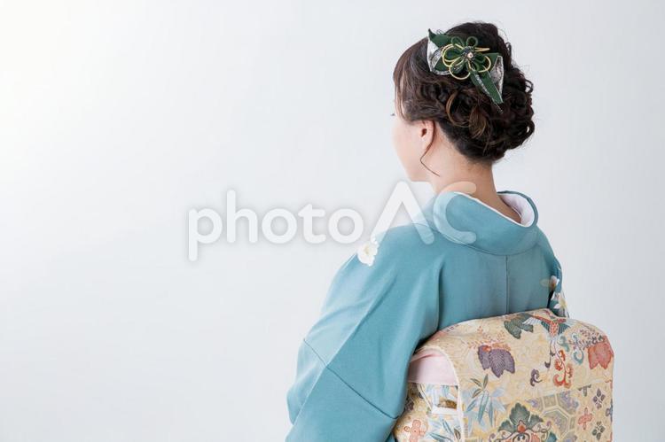 着物姿の女性の写真