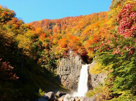 Myoko series (Mt.Neaki Falls and Mountain's Autumn Leaves)
