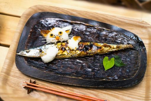 Grated radish art of cat saury