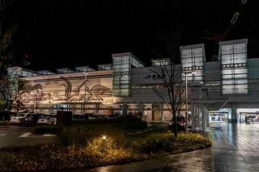 【후쿠이 현 후쿠이시] JR 후쿠이 역 서쪽 출구 야간 촬영 전경을 바라 보는