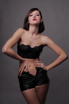 外国妇女时装肖像6