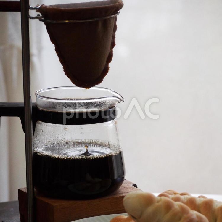 ドリップコーヒーの写真