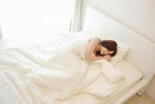 寝るの写真素材|写真素材なら「写真AC」無料(フリー)ダウンロードOK