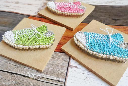 String art shoes