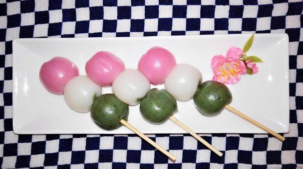Three color dumpling 5