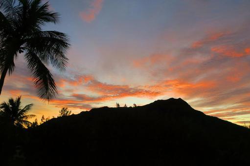 Hawaiian Landscape (127) Early Morning Diamond Head