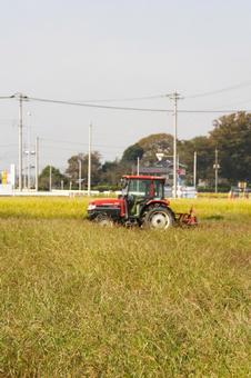 트랙터 경운기 농사 농업 농기구 벼 베기 쌀 농가