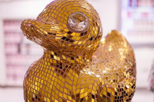 Gold duck objects