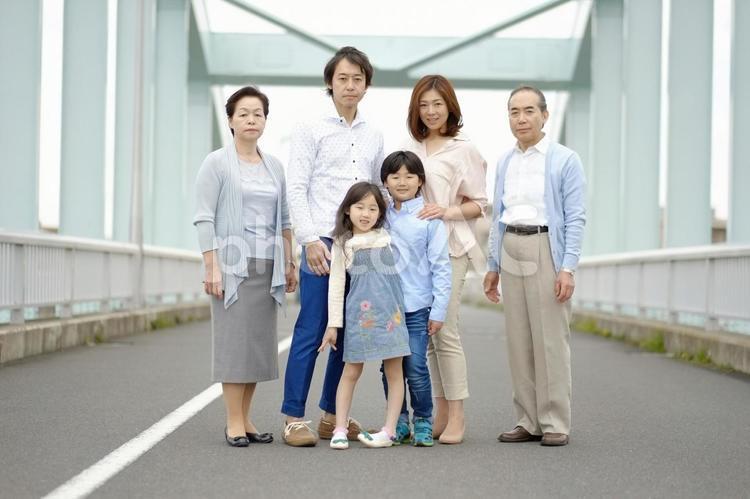 三世代家族13の写真
