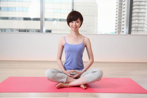 婦女是瑜伽3