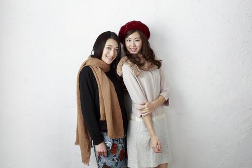 Female Friend Winter Fashion 23