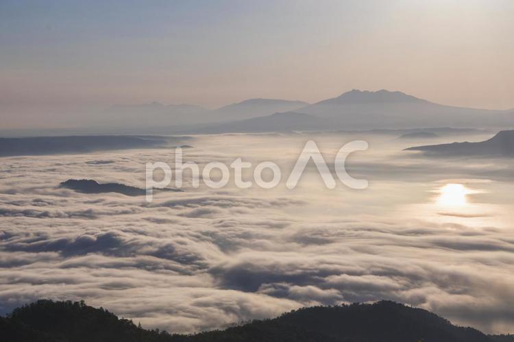 北海道津別峠からの美しい雲海の写真