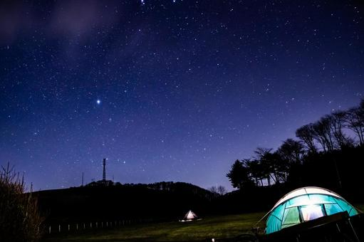 Camp and starry sky