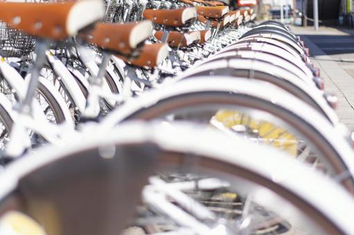 스테이션에 늘어선 자전거