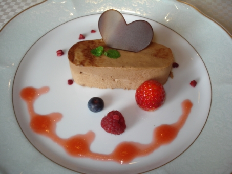 Heart chocolate mousse cake