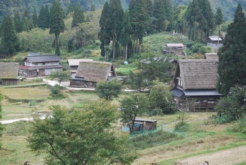 아이 노 쿠라 갓 쇼즈 쿠리 마을
