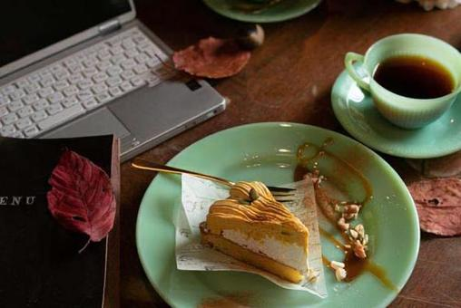 PC and autumn sweets ⑥