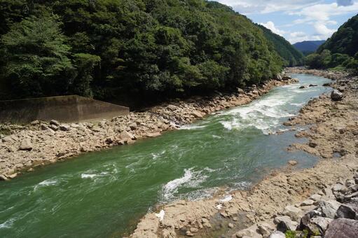 비와호에서 흘러 나오는 유일한 하천 瀬田川 오미 팔경 세타의 夕照