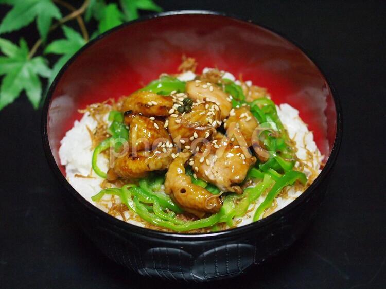 料亭風鶏ご飯の写真