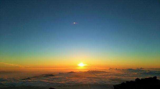 朝日(從富士山第8站出發)