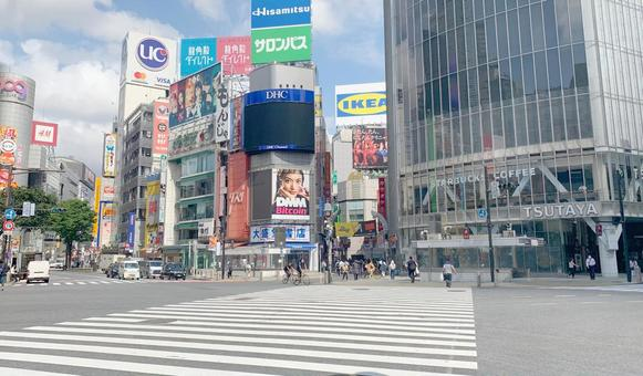 Scramble intersection at Shibuya station