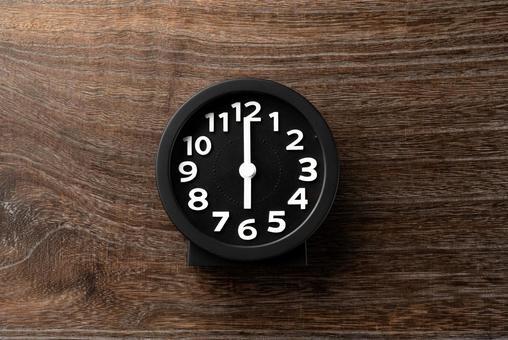 Clock 6 o'clock 18 o'clock