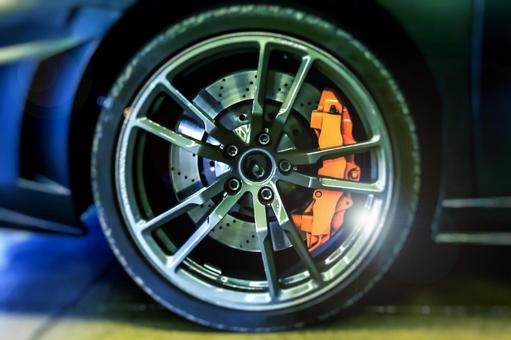 Large diameter aluminum wheels and brake discs