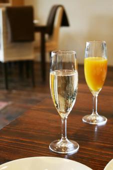 Champagne _ A 02