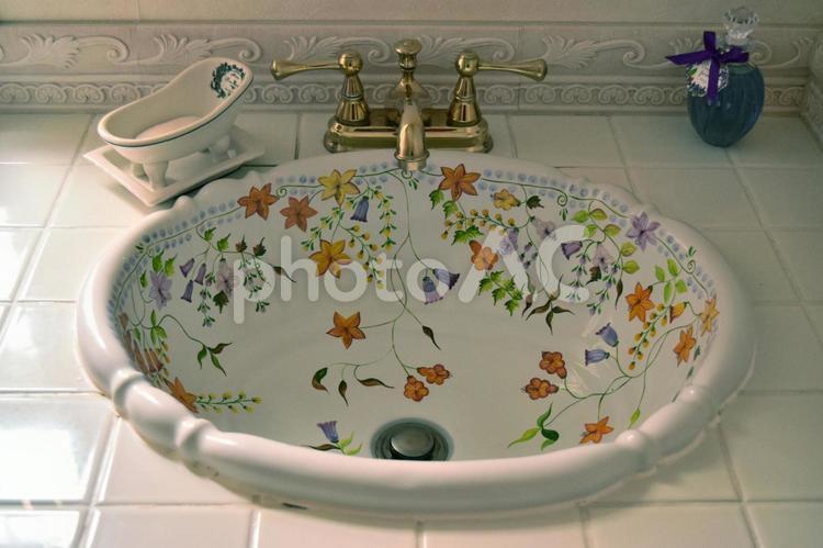 オシャレな洗面台の写真