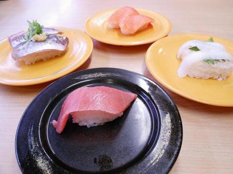 Rotating sushi