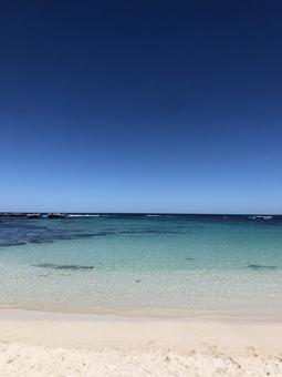 웨스트 호주 로트 네스트 섬의 아름다운 해변